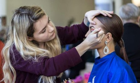 Objednejte se do kadeřnictví a kosmetiky